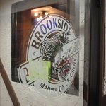 Foto Brookside Bar and Grill