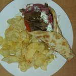 Gyro with Potato Chips