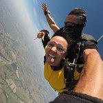 Momento incrível do salto com o instrutor Sansei! Quero voltar!