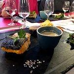 Pavé de sandre sauce St véran avec sa fleur de sel rose...