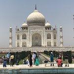 صورة فوتوغرافية لـ Discover India by Car