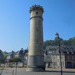 Le phare sur la place Jean de Vienne
