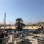 Zdjęcie Yellowave Beach Sports Venue and Barefoot Cafe.