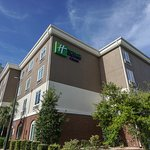 Holiday Inn Express Hotel & Suites Savannah-Midtown Photo