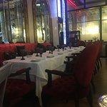 افضل مطعم موجود في الجي بي ار خدمة راقية وعاملين راقين من مدير المطعم وكل العاملين والاكل حاجة ث