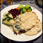 Filet mignon, bacon and cream sauce with mushrooms