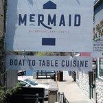 Mermaid Bar and Grill