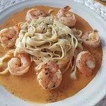 Shrimp and pasta in garlic sauce