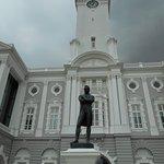 ภาพถ่ายของ Black Statue of Raffles