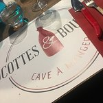 Cocottes Et Bouchons ภาพถ่าย