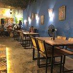 Foto de Tapaz Bar