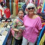 ภาพถ่ายของ Ladies Market