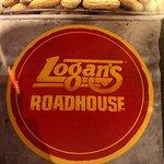 صورة فوتوغرافية لـ Logan's Roadhouse