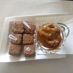 Uma das melhores sobremesas que já comi  ! Dadinho de tapioca , coberto com canela e açúcar, aco