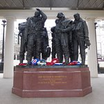 Photo de Bomber Command Memorial