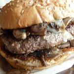 Pearl's Deluxe Burgersの写真