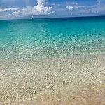 Foto de Sapodilla Bay