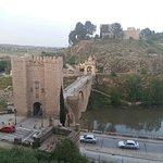 صورة فوتوغرافية لـ Alcantara Bridge