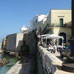Restaurante Acmet Pascià - Vista del local y del puerto
