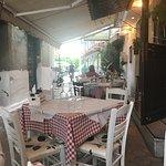 Φωτογραφία: Oinosofies Tavern Restaurant