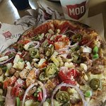 Mod Pizza Foto