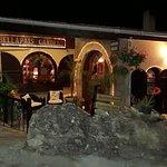 Foto de Bellapais Gardens Restaurant