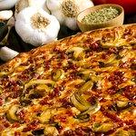 Mushroom and pepperoni pizza pie!