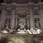 ภาพถ่ายของ Piazza di Trevi