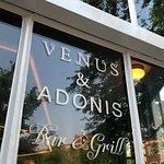 Photo de Venus & Adonis