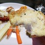 Pizza bianca using our mozzarella