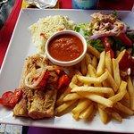Scout's Place Restaurant & Bar Foto