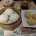 Steamed buns and deep-fried buns