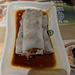 Steamed rice flour spring roll