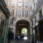 Photo de Paris Charms & Secrets Tours
