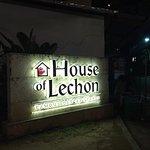 ภาพถ่ายของ House of Lechon