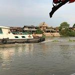 Foto de Ayutthaya Boat & Travel