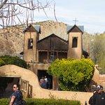 صورة فوتوغرافية لـ El Santuario de Chimayo