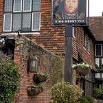 King Henry 8th pub,Hever
