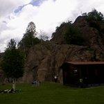 Nubi minacciose sulle rocce