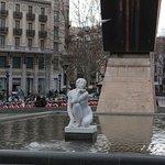صورة فوتوغرافية لـ Catalunya Square