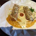 Taypá - Menu Executivo Peixe na Crosta de Quinoa de Prato Principal