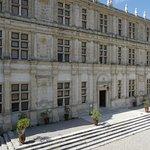 Superbe façade du chateau
