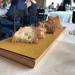 Tagliere di pane