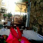 Have to visit.. Excellent food 👌 Romantic atmosphere 🌺 Proffesional staff