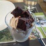 dessert à base de glace vanille et glace biscuit + brownies