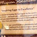 Another Broken Egg Cafeの写真