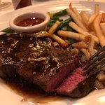 Foto de Hy's Steak House - Waikiki
