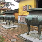Photo de Nine Dynastic Urns
