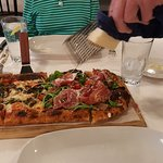 small 1/2 Vegas Meets Italy and 1/2 Vegetariana pizze (sp)