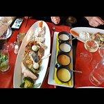 Lotte, lieu noir, noix de saint Jacques, saumon, langoustine avec petits Legumes et sauces faite